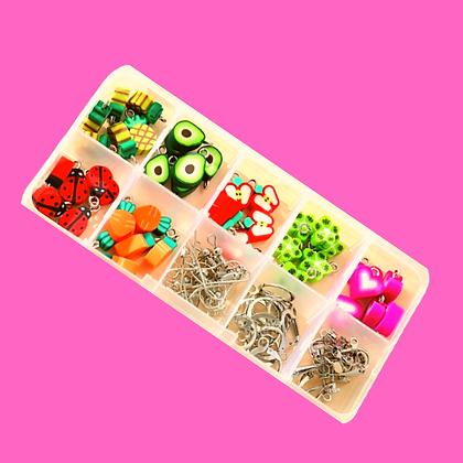 ערכה מתוקה להכנת תכשיטים בדוגמאת פירות