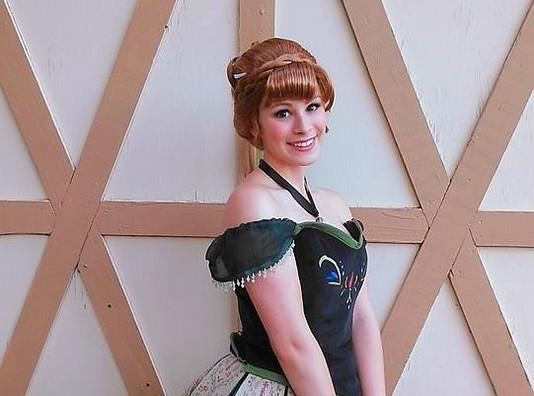 Frozen Cororantion Anna