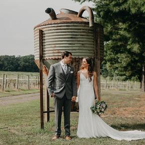 Laurita Winery Wedding / Jessica & Christian / By Allie