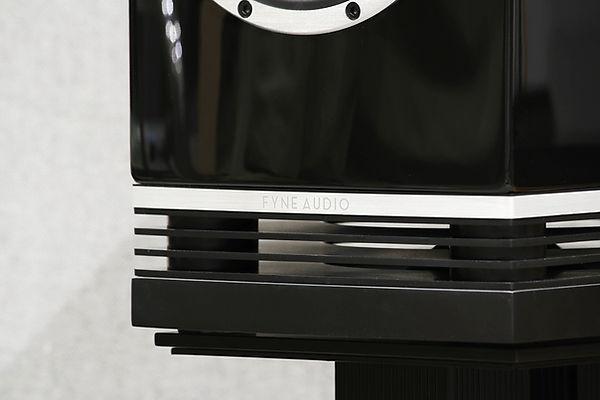 f500-grossblack-1.jpg