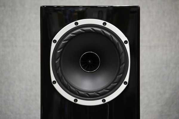 f500-grossblack-3-hp.jpg