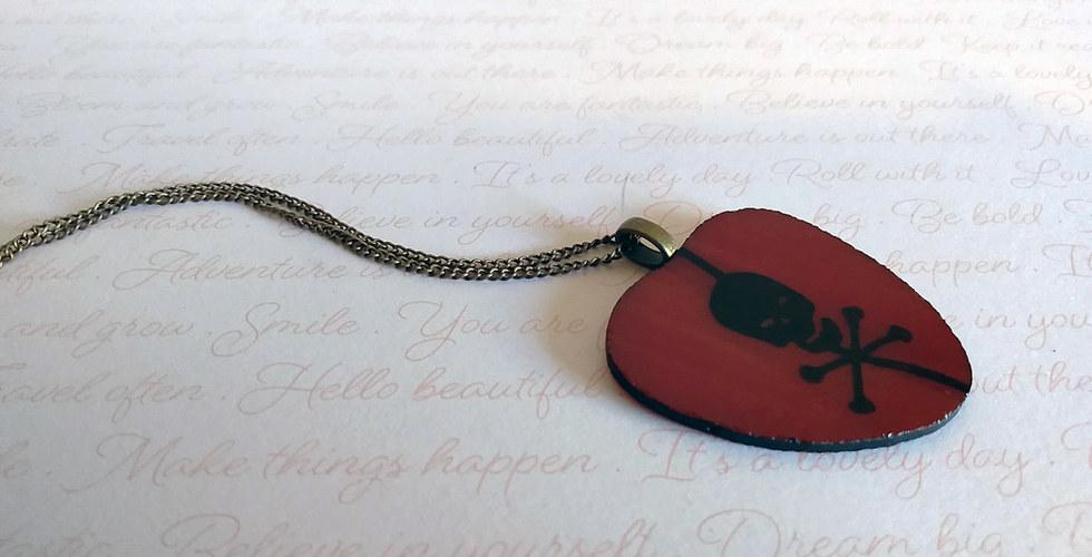 Poison Heart Necklace.jpg