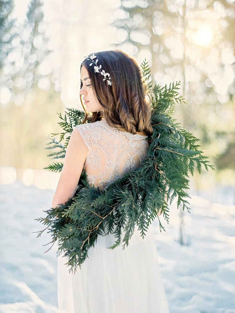 WINTER BRIDE INSPIRATION
