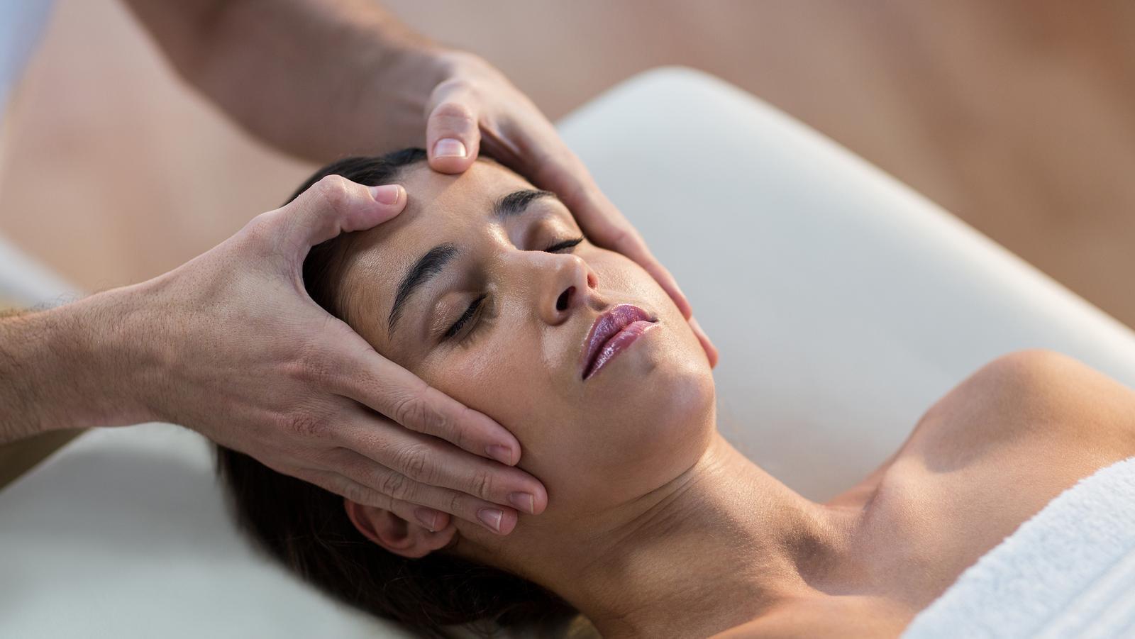 Massage Crânien ou Dorsal