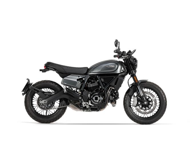 2020_10_Ducati Scrambler studio 00378_UC209335_edited.jpg