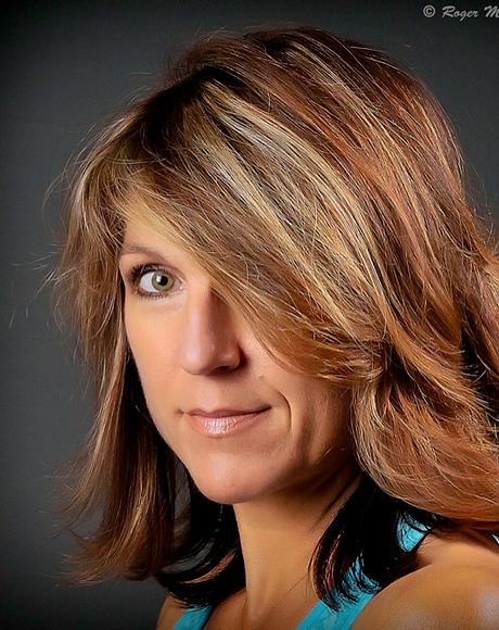 EliseFalana headshot 2015.png