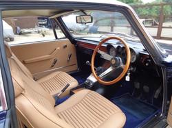 Alfa Romeo 2000 GTV leather interior