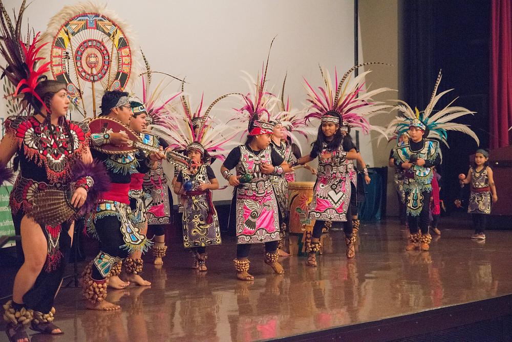 Xochitl-Quetzal Danza Azteca