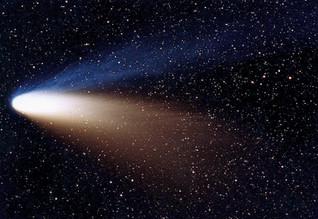 Las horas intempestivas del cometa