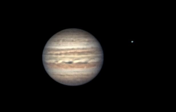 Júpiter y su luna Europa