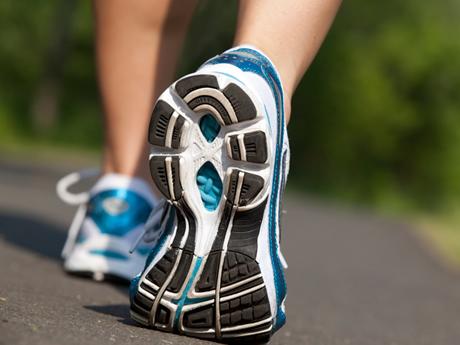 4 Ways Walking Can Help You Run Faster