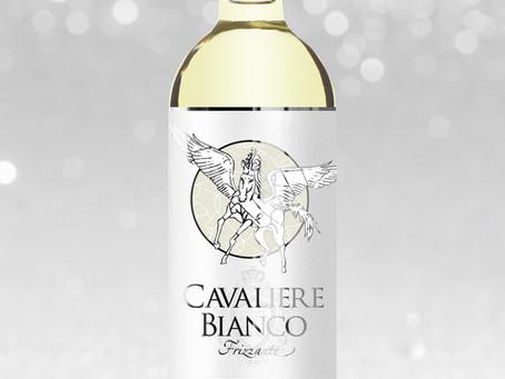 高見沢俊彦シリーズデビューから2年。『CAVALIERE BIANCO 白騎士』いよいよリニューアルボトルが販売開始!