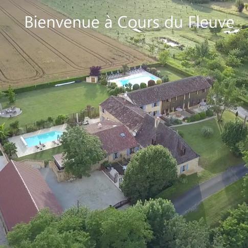 Bienvenue_à_Cours_du_Fleuve_(1).mp4