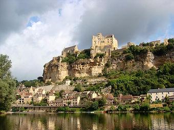 chateau-beynac-dordogne.jpg