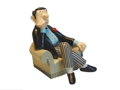 Buchstütze »Loriot im Sessel«