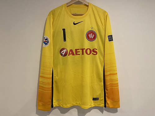 2017 WSW 'TYSON 1' ACL goalkeeper kit + book