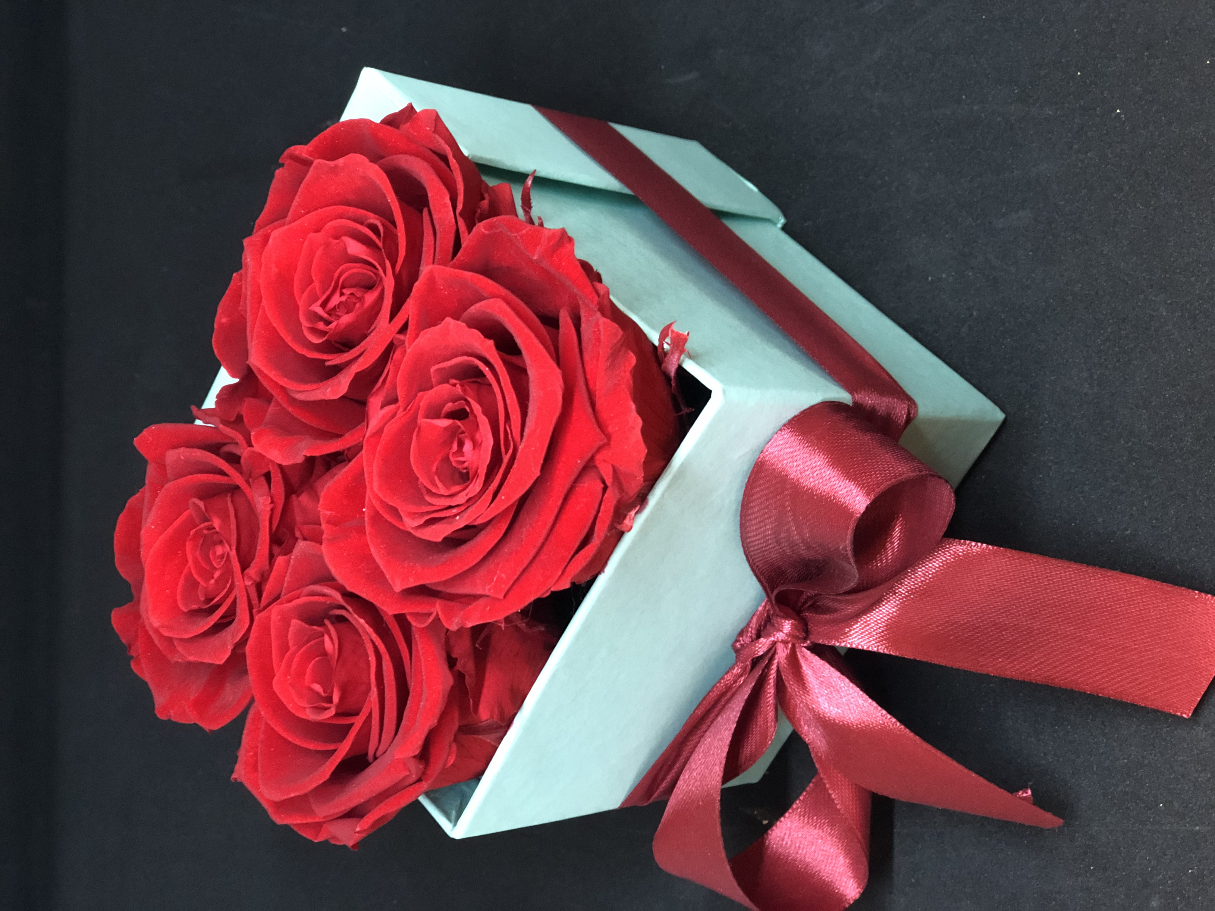 Scatola con rose eterne