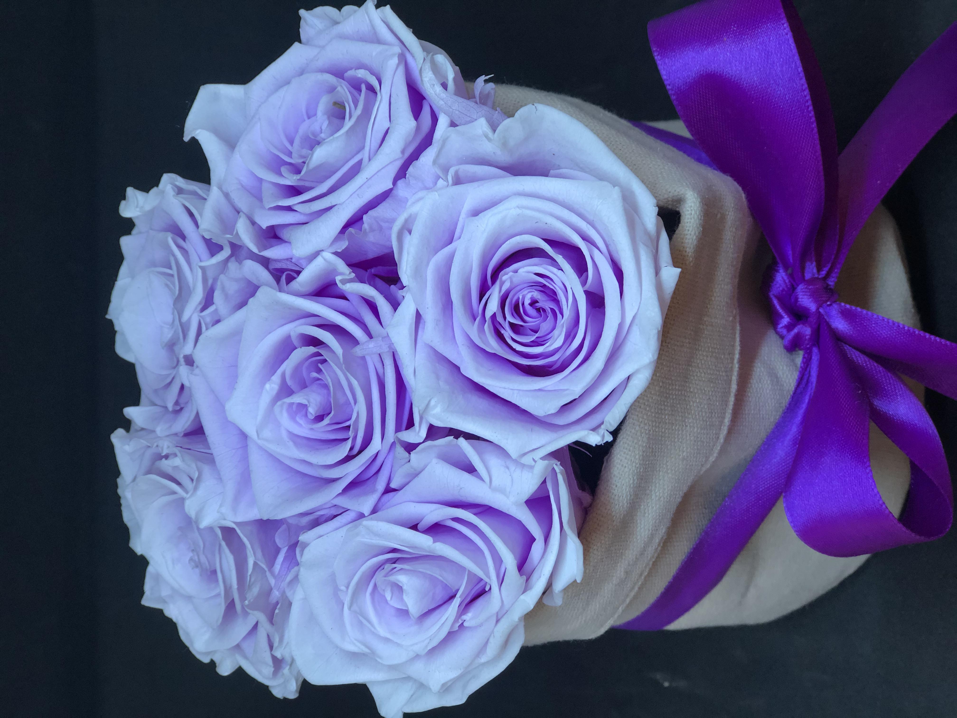 Sacchettino lino con rose eterne