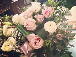 #altare #flowers #flowerlovers #flowerst