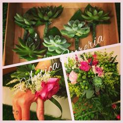 #weddingflowers #echeverie #roseinglesi #weddingbouquet #braccialefloreale #weddingbracelet #occhiel