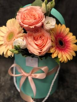 Cappelliera tiffany con bouquet di fiori