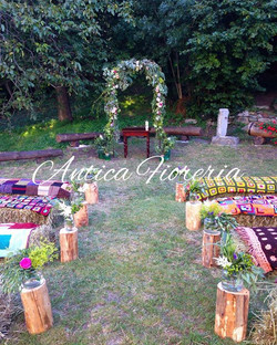 #countrywedding #arcofiorito #weddingarch #aostavalley #cerimoniaallaperto #navata #anticafioreriaao