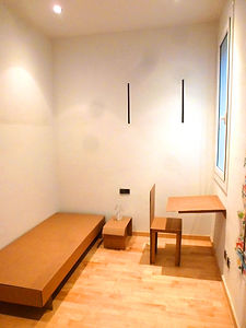 Mobiliario de cartón barato. sillas  mesas sofas camas estanterias armarios lamparas tv  . kart-o.com barato comprar piso vender piso alquilar piso barato escaparatismo decorados corporativo idealista.com