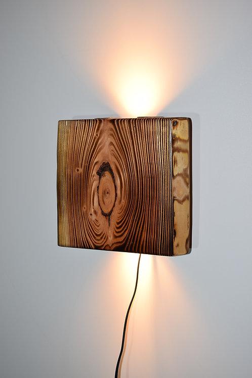 Lärche geflammt Wandleuchte 30x 25 cm