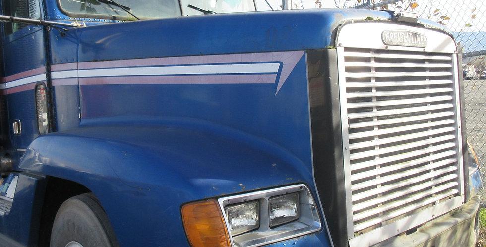 Freightliner FLD 120 Hood (1996)