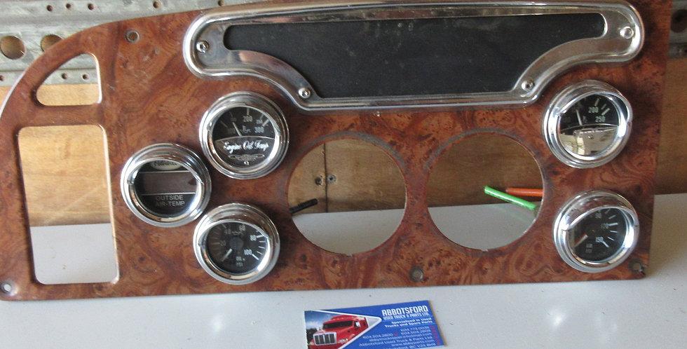 Peterbilt Dash Panel | OEM #: 17-04235-120A