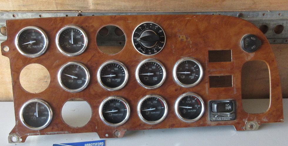 Peterbilt Dash Panel | OEM #: S64-6024-100