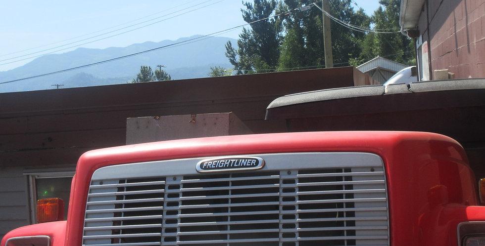 Freightliner F70 Hood (1998)