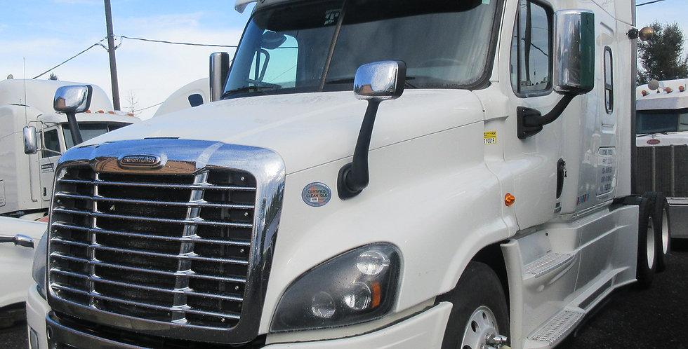 Freightliner Cascadia (2016) White