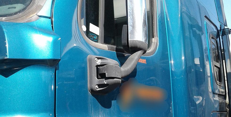 Freightliner Cab (2010) Green