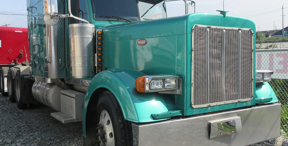 Peterbilt 379 - Green (2007)