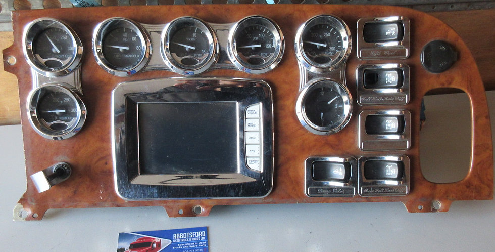 Peterbilt Dash Panel | OEM #: 067-1323-000