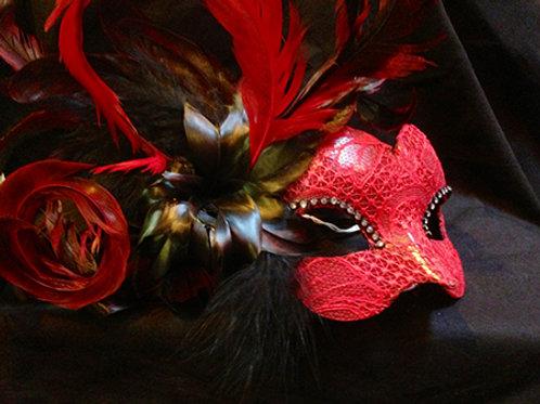 Aine Mask
