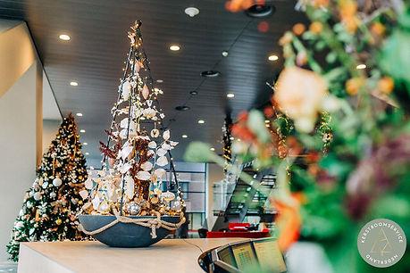 Kerstdecoratie bedrijfspand