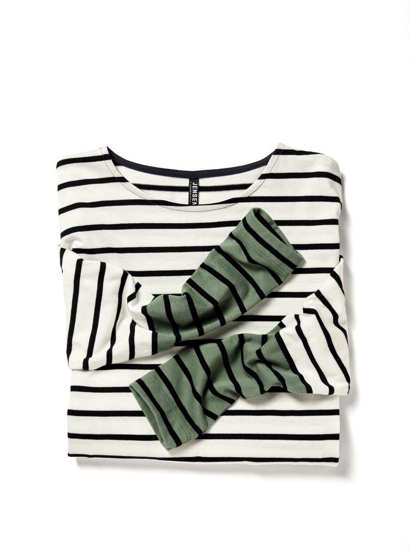 T-shirt 205913.jpg