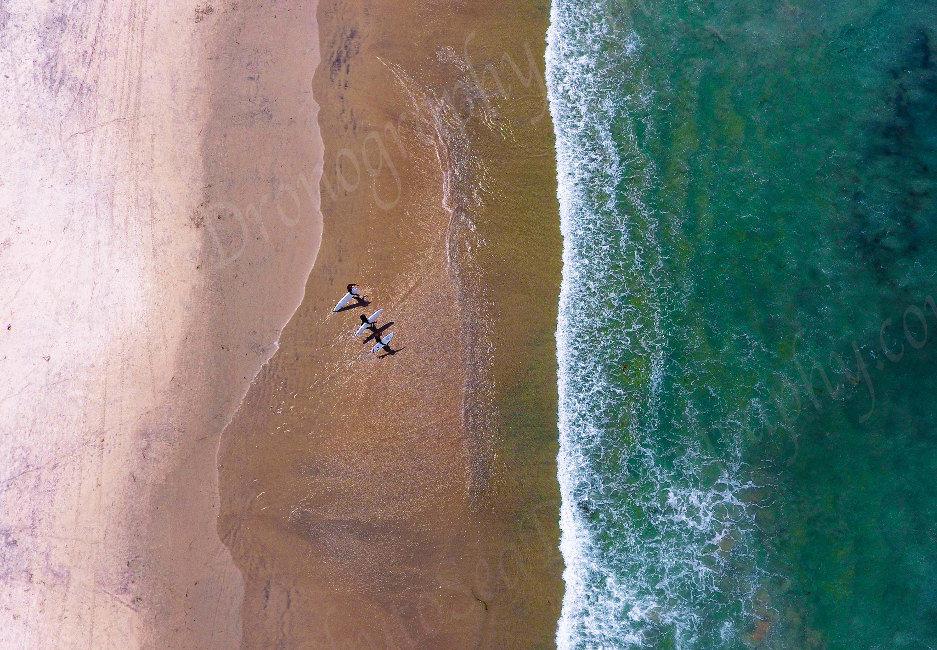 3 surfers WM