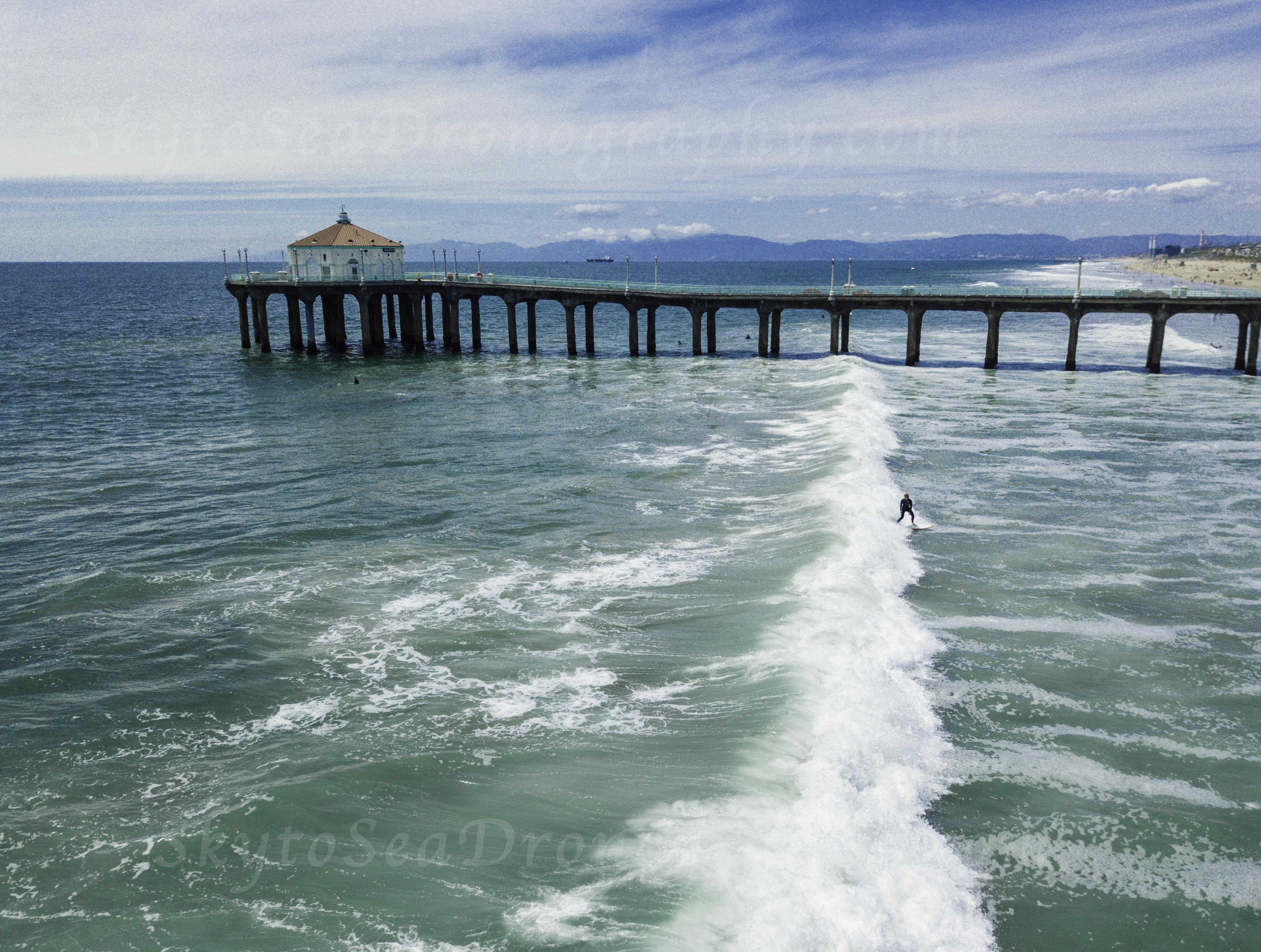 Surfer MB Pier