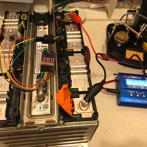 Cargando nuevas baterías NMC