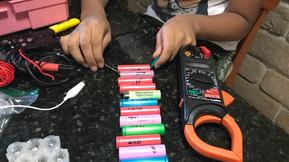 Paquete 18650 vs Batería de arranque de ácido plomo