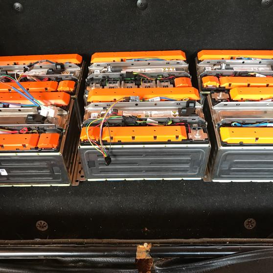 Instalando nuevas baterías
