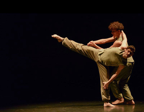 9549385-low_res-balletboyz-at-the-roundh