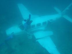plane 015