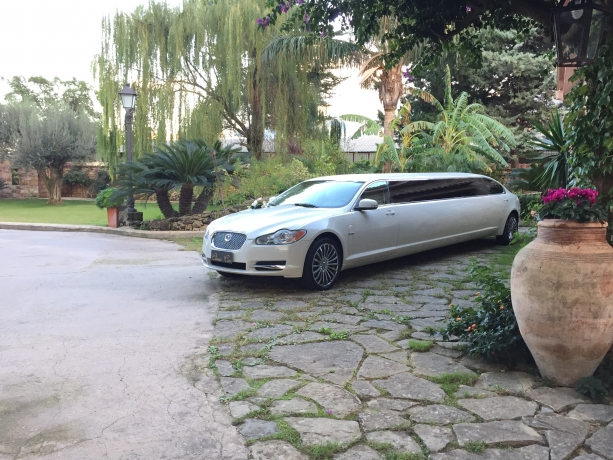 Limousine Jaguar XF 1