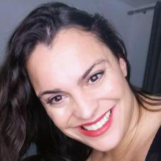 Aline Pierrobom