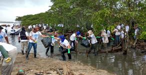 Após 20 anos do desastre na Baía de Guanabara, trajetória de pescador é sinônimo de recomeço