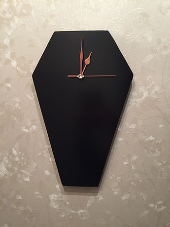 coffin, presents for goths, goths in th '80s, dracula, vampire,